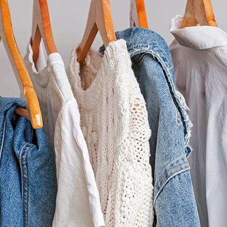 Slow fashion, ekomoda i etyczne ubrania – co to takiego?